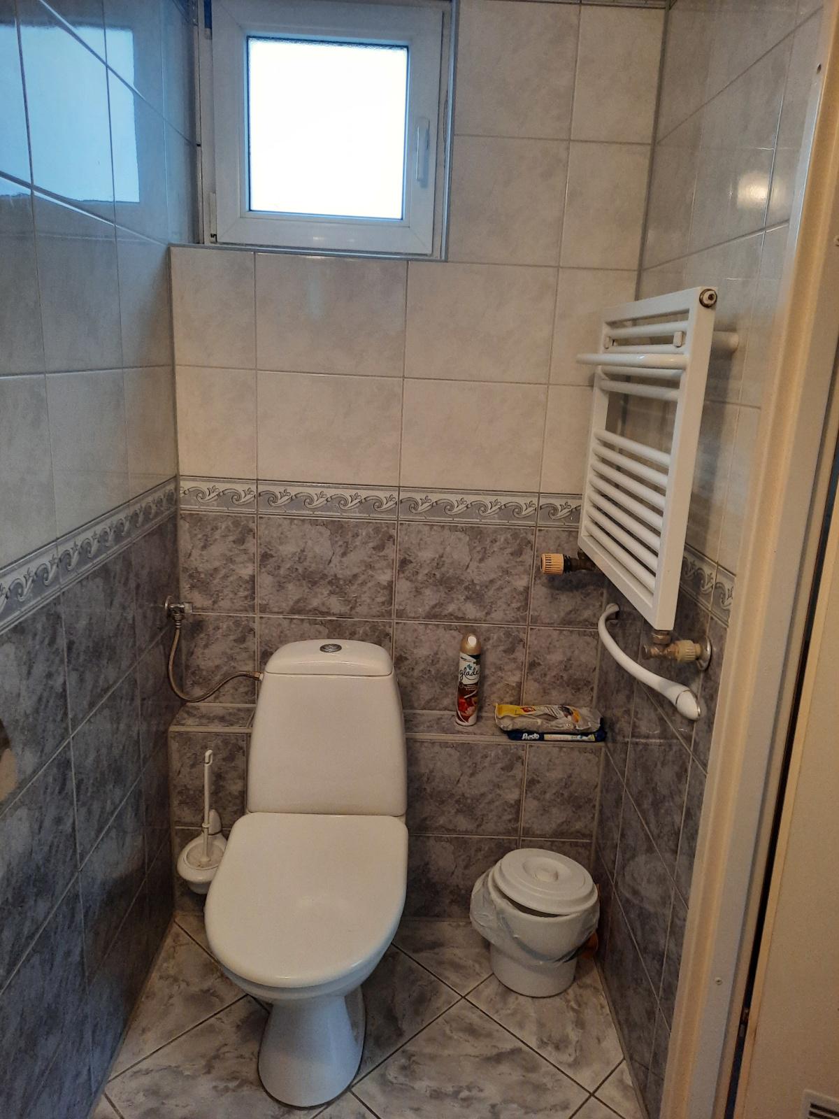 Pokój 8 - WC